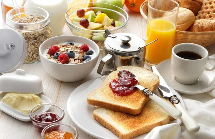 WHY BREAKFAST IS IMPORTANT?